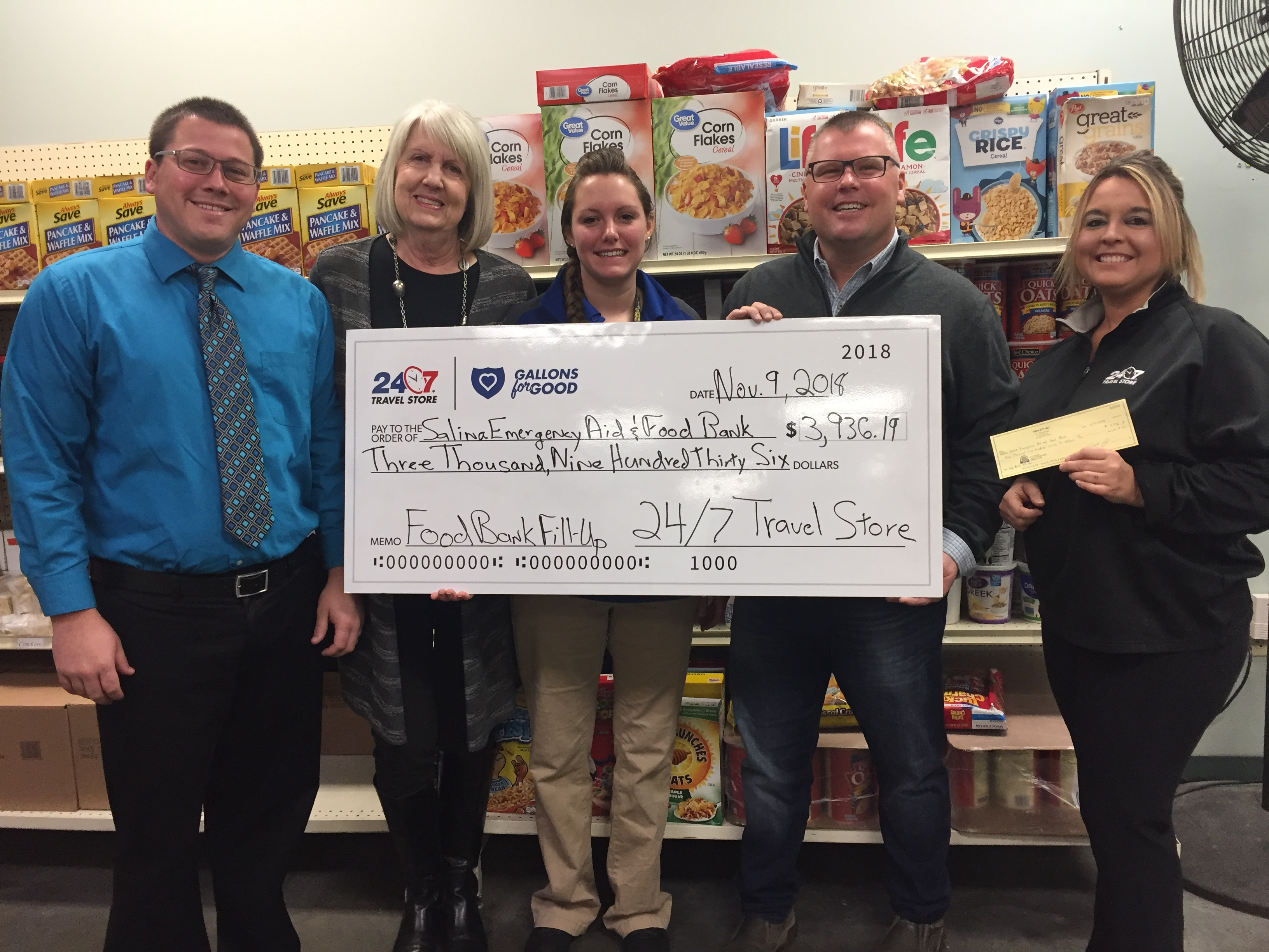 Salina Emergency Aid & Food Bank receives donation from 24/7 Travel Stores